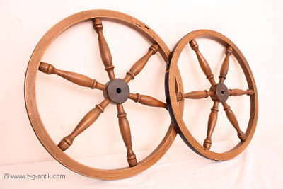 Holzrad für Spinnrad Rad Holzarbeiten  /Old wooden wheel for spinning wheel 3