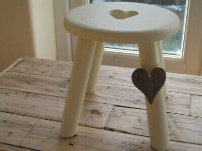 Heart Milking Stool 3
