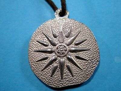 Beautiful Vintage Medallion Pendant Depicting Alexander The Great Portrait! 3