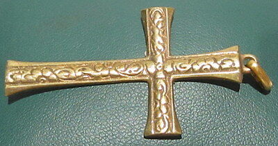 OUTSTANDING VINTAGE BRASS CROSS,ENGRAVING,EARLY 20th. Century !!! # 40A 3