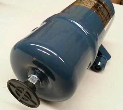 """Top quality Refrigerant Receiver 3/8"""" SAE FLARE CONNECTIONS 4"""