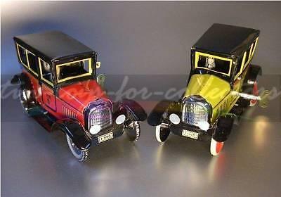 2 Paya Taxi Rot + Gelb  Lithographiertes Blech Mit Uhrwerk 2