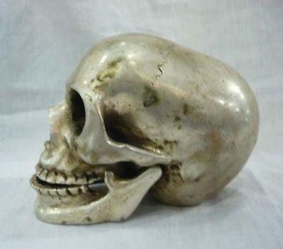 Wonderful tibet silver big skull In-D death's head netsuke sculpture 2