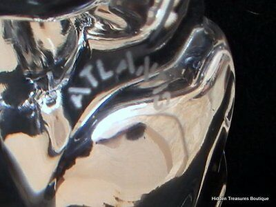 Atlantis Hand Made Crystal Art Glass Hound Dog Paperweight Figurine Signed 6