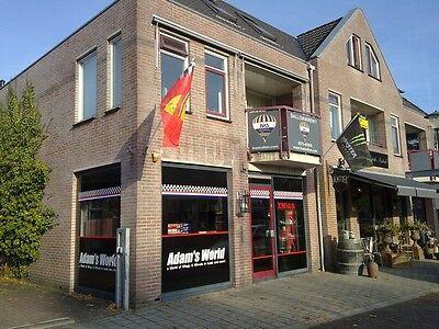 Brochure Arai helmets Journaal nummer 1 2001 (Nederlands) bikes 2