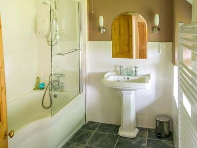 OFFER 2020: Holiday Cottage, Harlech, North Wales, (Sleeps 10) for 7 nights 9