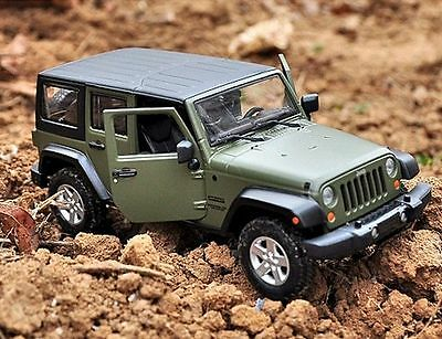 Maisto 1:24 2015 JEEP Wrangler Unlimited Diecast Metal SUV Model Car New Green