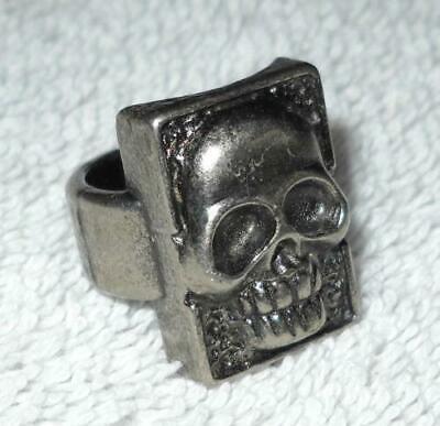 The Phantom Movie 1996 Paramount Promo Silvertone Metal Skull Ring