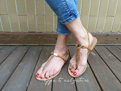 super popular 67406 953f1 Scarpe-Basse-Donna-Infradito-Sandali-Gioiello-Dettagli-Dorati- 1.jpg