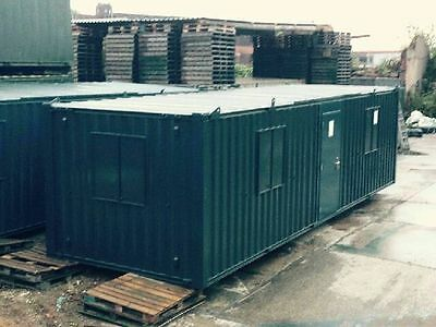 32ft x 10ft Anti Vandal Office Container - Excellent Condition 6