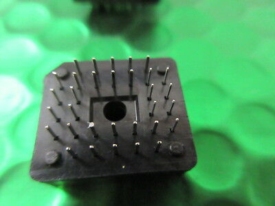 Through Hole Mounting PLCC32 PIN / WAY IC Socket Through Hole Mounting  *5 per* 3