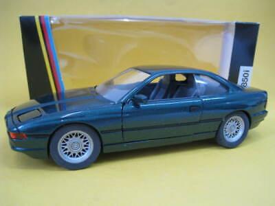 M 1:24 Schabak 1630 Modellbau grün BMW 850i