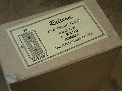 2 Mid Century Reliance Ribbed Bakelite Brown Single Switch Cover Plates NEW NOS 6