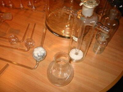 Alte Laborgläser, teilweise Antik, über 100 Teile 9