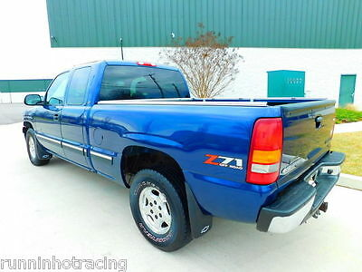 """New OEM Bedside Decal /""""Z71 OFFROAD/"""" 1999-2007 Chevy /& GMC Trucks Classic Body"""