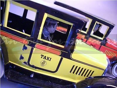 2 Paya Taxi Rot + Gelb  Lithographiertes Blech Mit Uhrwerk 9