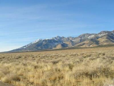 *NO RESERVE UTAH 40 AC W/MOUNTAIN VIEWS: ADJACENT TO 1000s OF ACRES OF BLM LAND! 5