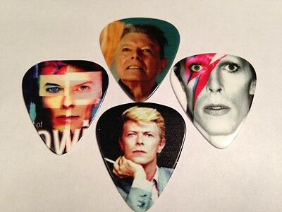 "David Bowie ""Blackstar"" Original Tribute Pin Badge in Gift Box + FREE GIFT"