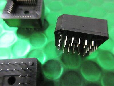 Through Hole Mounting PLCC32 PIN / WAY IC Socket Through Hole Mounting  *5 per* 4