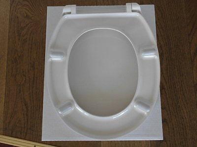 PAGETTE Profiline WC Sitz Cardiff Farbe weiß mit Edelstahlbefestigung Neu