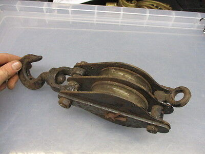 Vintage Steel Rope Pulley Block & Tackle Bracket Hook Industrial Factory Docks 4