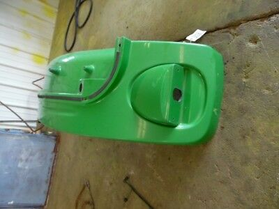 John Deere 6000 series tractor plastic fender left side Tag #2818 2