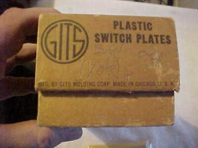 5 NOS Vintage GITS Molding Art Deco Ivory Bakelite LUMINOUS Gang Switch Plates 6