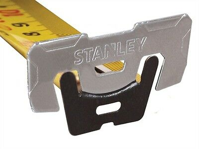 Stanley FatMax 5m 16ft AutoLock Wide Blade Tape Measure + Belt Clip STA033503