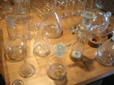 Alte Laborgläser, teilweise Antik, über 100 Teile 7