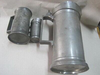 3 antike  Apothekermass Doppel Liter Double Litre u. a. Museum Auslage Laden 3