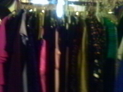 250 Pc Asst Lot Women's Clothing Skirts Pants Dresses Tops S-X Large Pre-Owned
