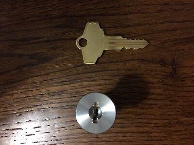 Oak Acorn Vista Gumball Candy Bulk Vending Machine Lock /& Key for oak 300 450