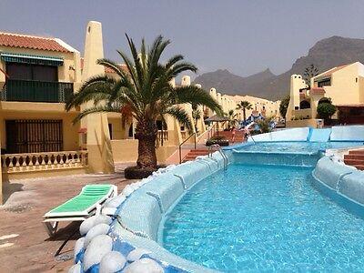MAKE AN OFFER - TENERIFE 2 bedroom poolside villa, 4