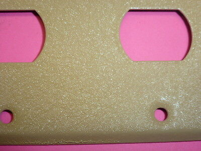 Nos! Bell Interchange 2-Gang Ivory Crackle Wall Plate, Horizontal 4-Hole 18-2-Ic 2