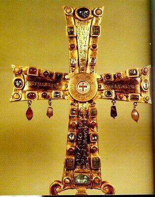 Medieval Reliquaries & Saint Relics 400-1204AD Treasuries Cross Pendants Color 3