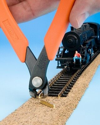 Vertical track Cutter for HO/OO/N and Z scale tracks - Xuron 2175M - free post 2