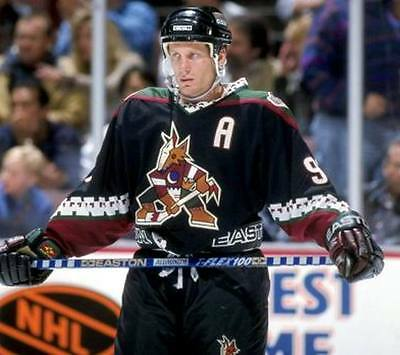 ... JEREMY ROENICK Phoenix Coyotes 1998 CCM Vintage Throwback NHL Hockey  Jersey 3 6e2f42935