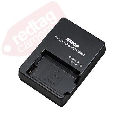 Nikon D5600 Digital SLR Camera Black + 3 Lens: 18-55mm VR Lens + 32GB Bundle 4