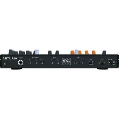 Arturia MicroFreak Synthesizer | Neu 3