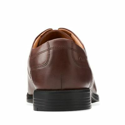Clarks Men/'s Derby Shoes Beeston Stride Brown Leather UK 7.5  wide fit