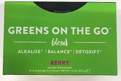 It Works! Greens on the Go Blend Packets - Berry Flavor - Unopened Exp 7/2018 2