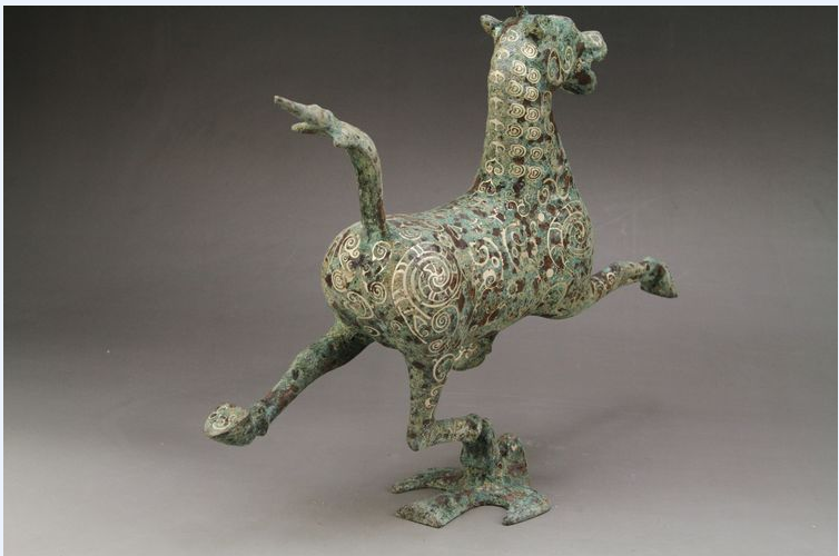 Ancient Chinese bronze liu yingao head horse, the horse step flying yan, 3