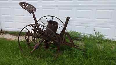 Vintage one row antique horse drawn planter seeder farm implement equipment 3