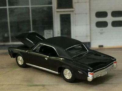 1967 67 Chevrolet Chevelle SS V-8 Super Sport 1/64 Scale Limited Edition Z6 2