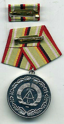 EAST GERMAN POLICE Meritorious Service Medal Silver