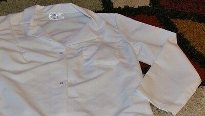 "Best Medical Woman L/S Lab Coat Snaps 3 Pocket 38"" Length White Size Large"