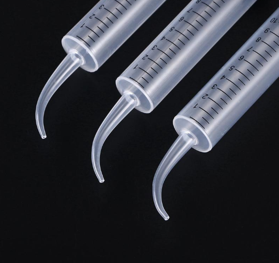 2 Pcs Disposable Dental Irrigation Syringe With Curved Tip Tooth Whitening 2