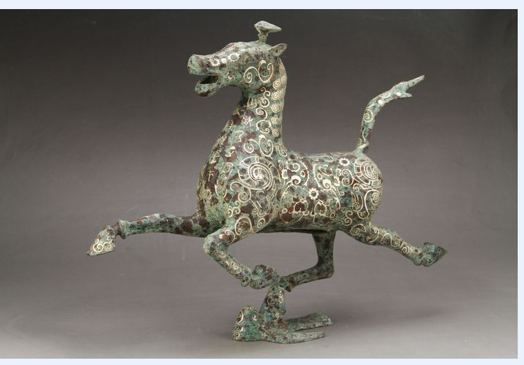 Ancient Chinese bronze liu yingao head horse, the horse step flying yan, 2