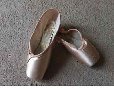 Pink Satin Freed Classic pointe shoes - Size 6.5X  6.5XX,  6.5XXX - all makers 2