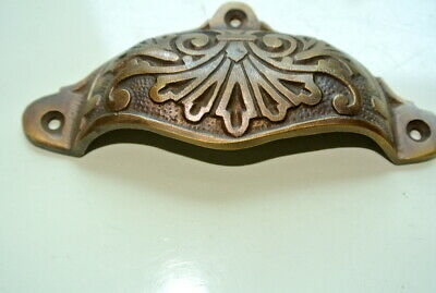 """4 cast engraved solid brass heavy shell shape pulls handle kitchen vintage 4"""" B 5"""